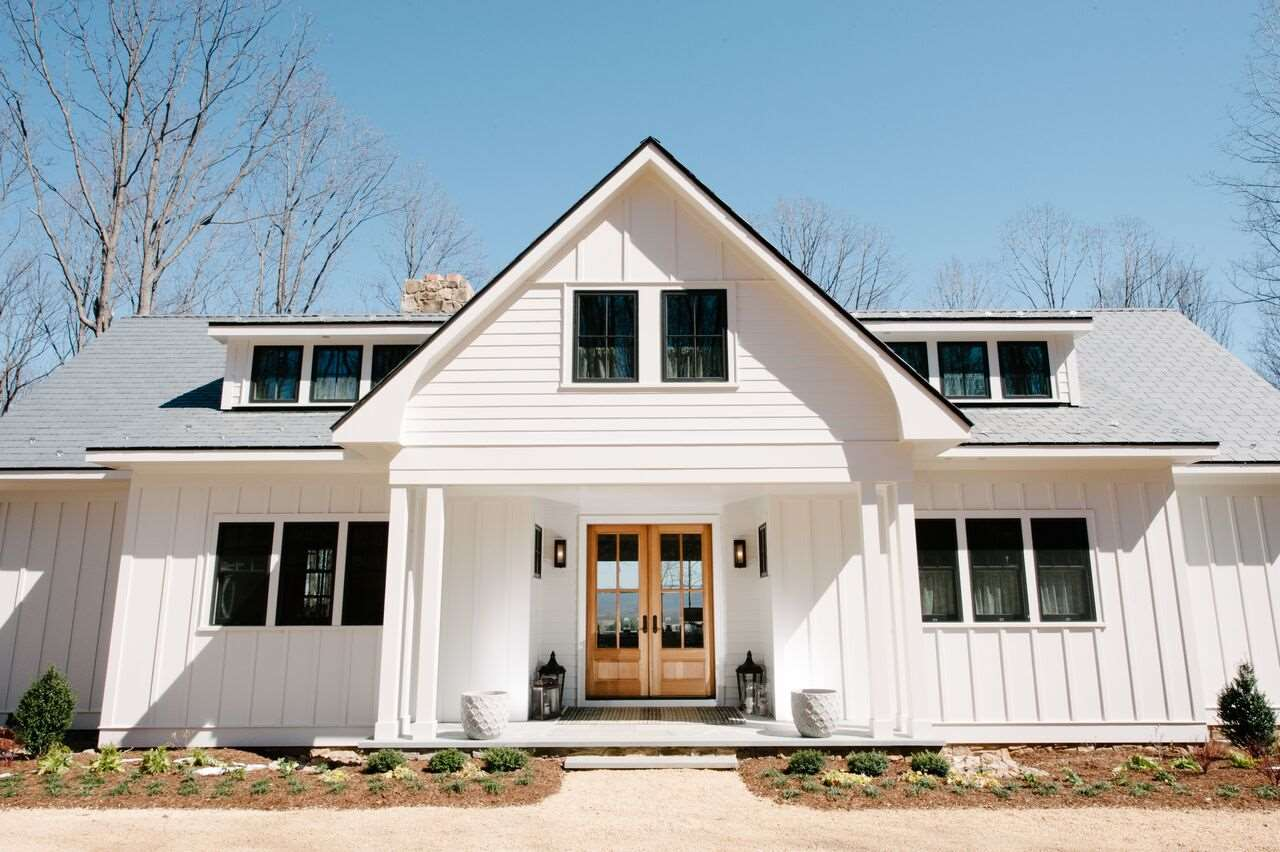 Luxury homes for sale in va for Modern farmhouse for sale