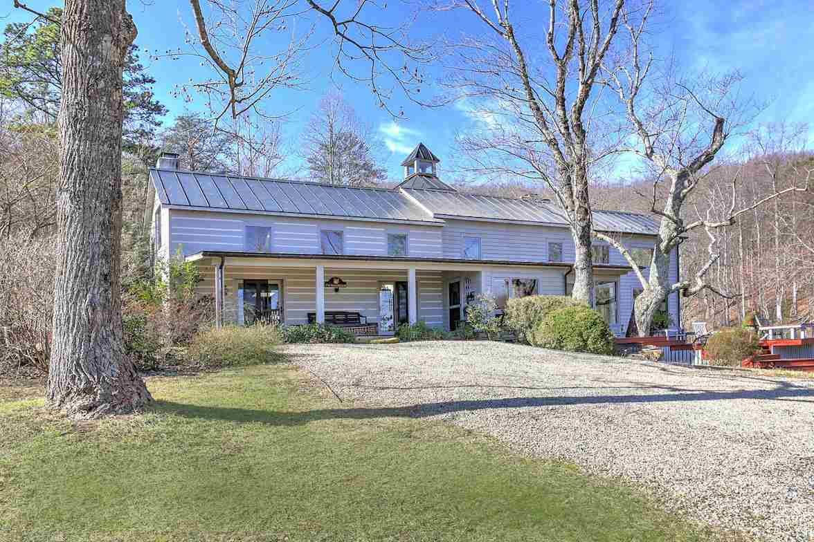 Charlottesville Area Farms For Sale