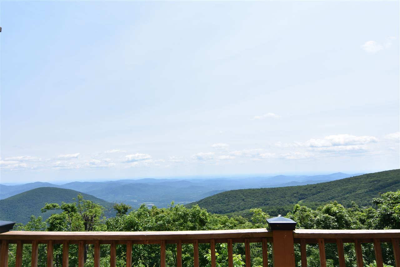 1541 Cliffs Condos, Wintergreen Resort