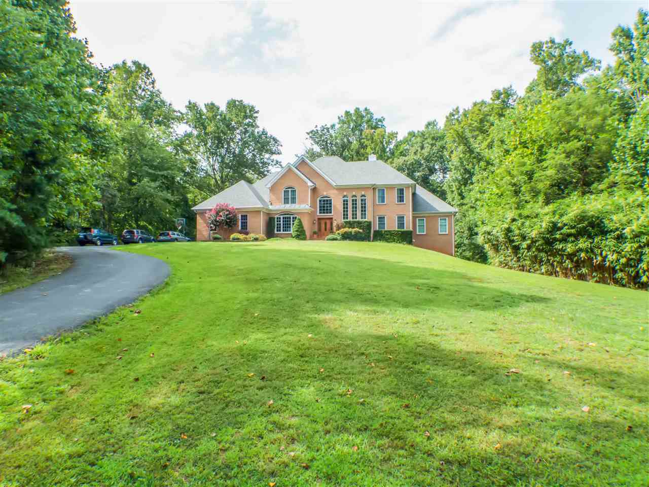 4880 Ivy Rd, Charlottesville