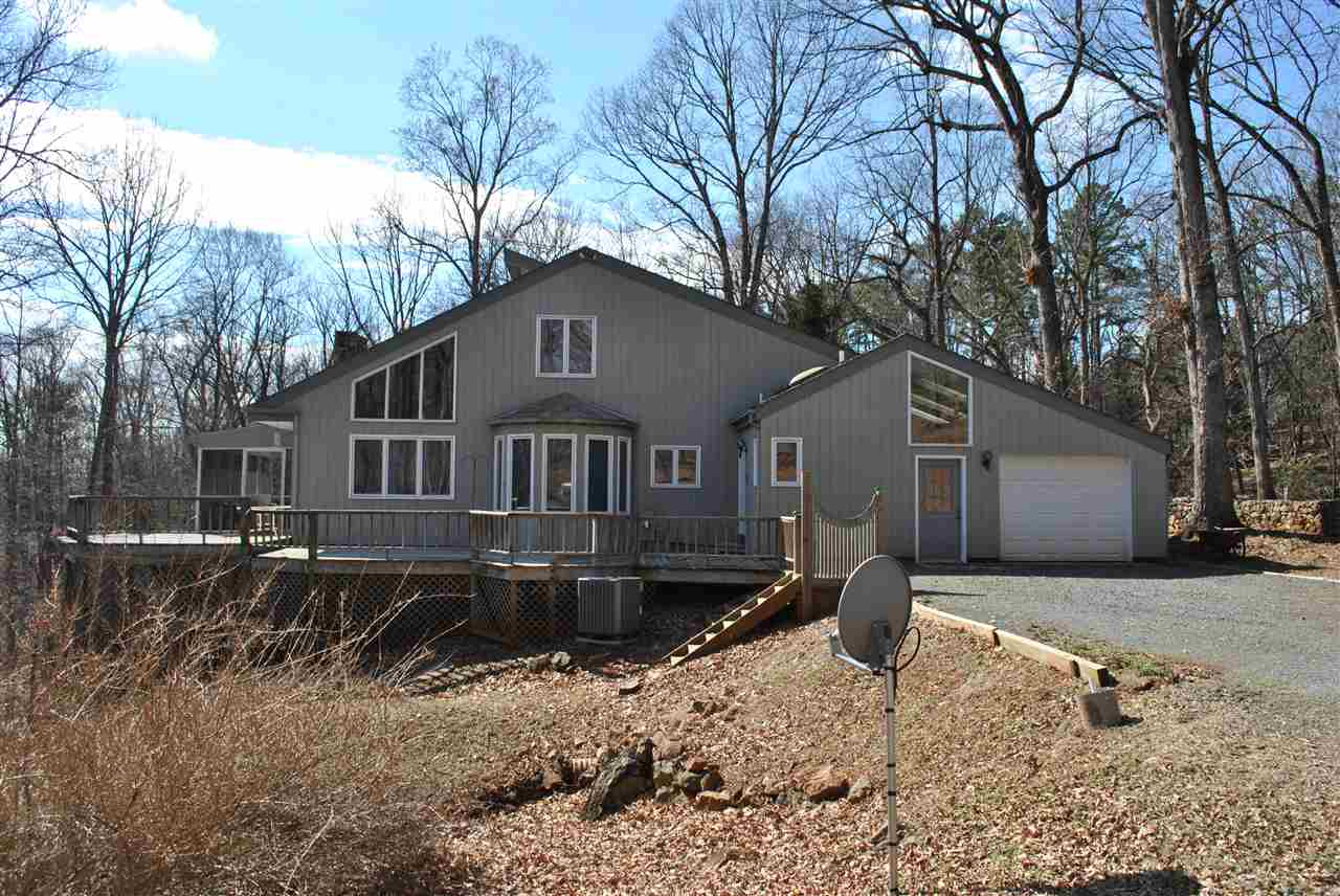 365 Jeffers Dr, Charlottesville