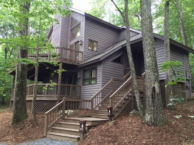 36 Weeping Rock Ln, Wintergreen