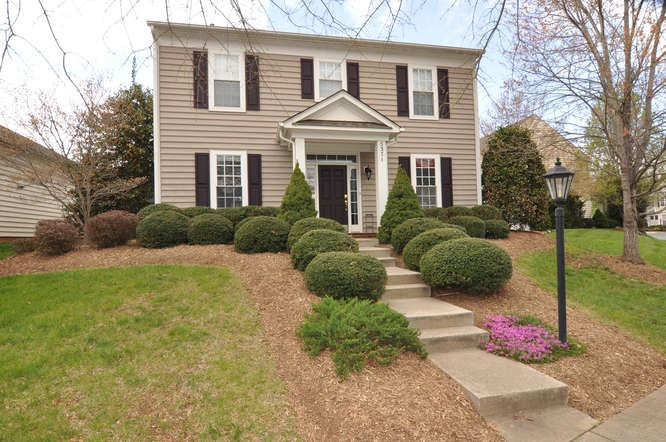 3371 Turnberry Cir, Charlottesville