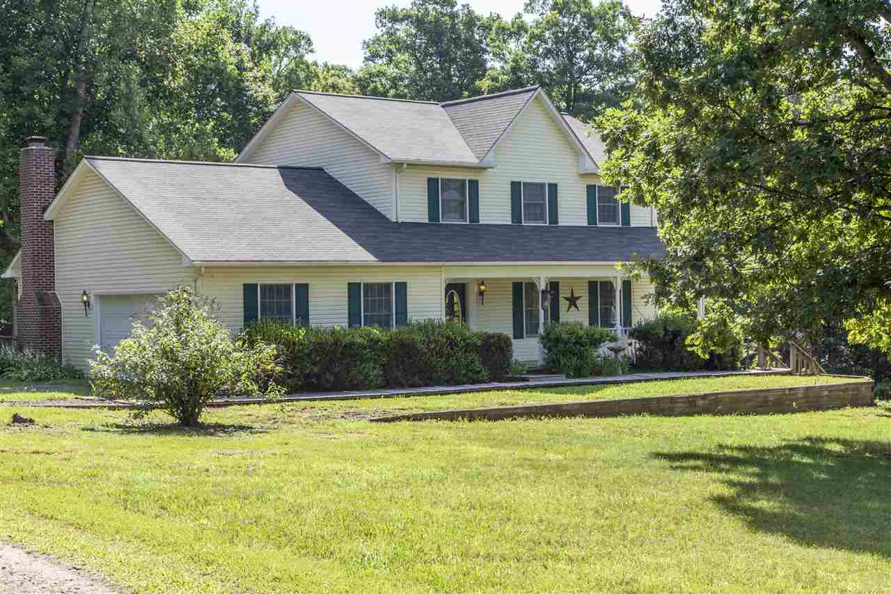 5668 Rolling Rd South, Scottsville