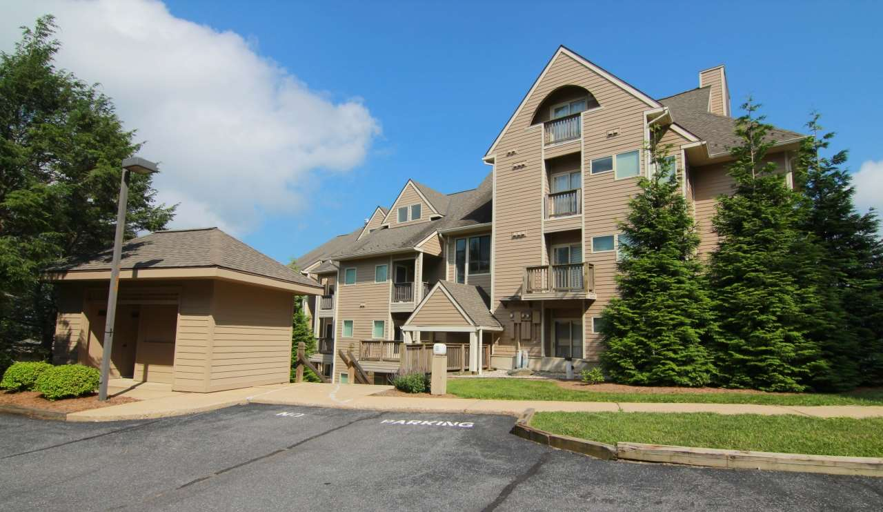 1602 Overlook Condos, Wintergreen