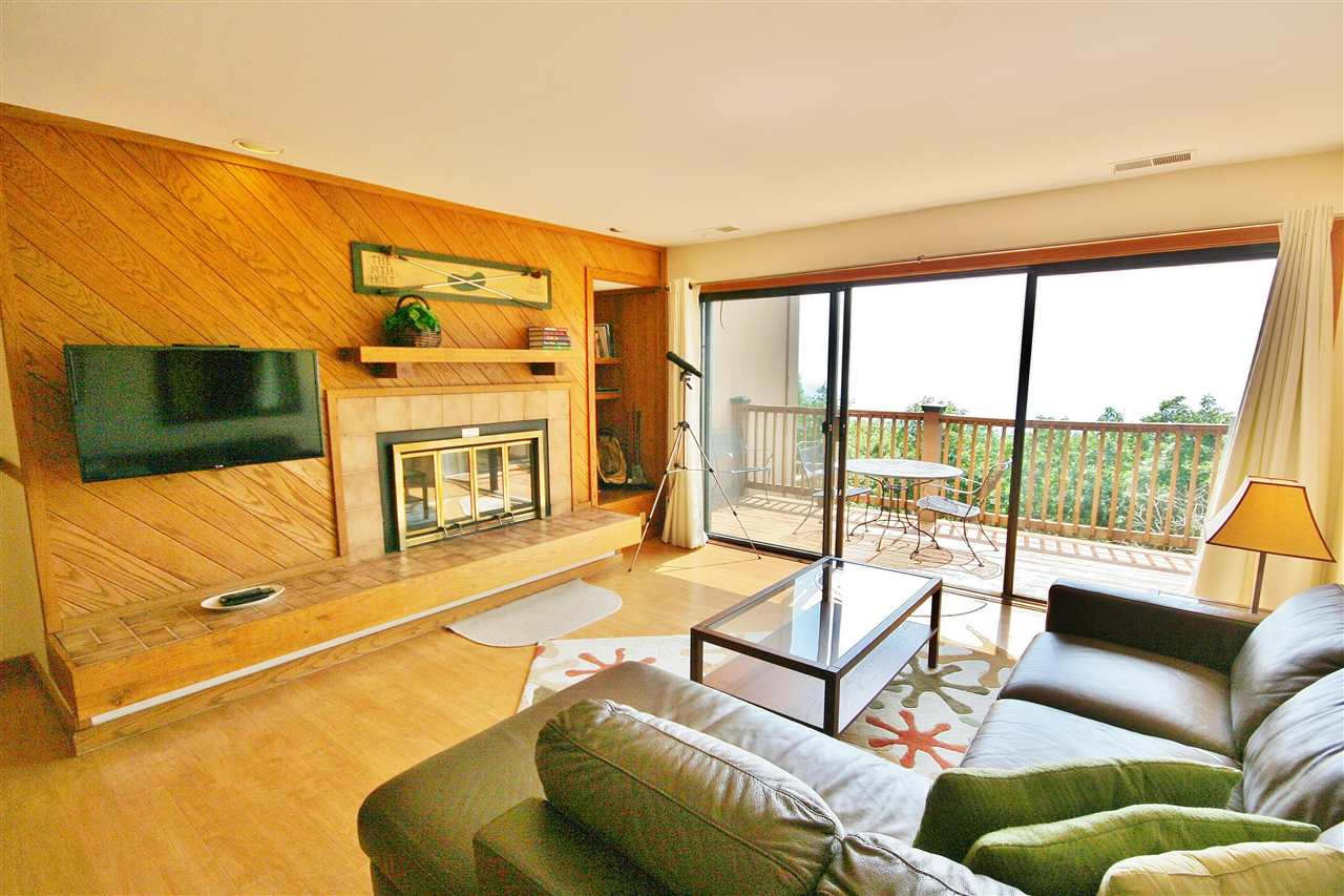 1537 Cliffs Condos, Wintergreen Resort