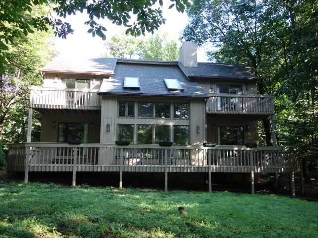 274 Laurel Springs Dr, Wintergreen Resort