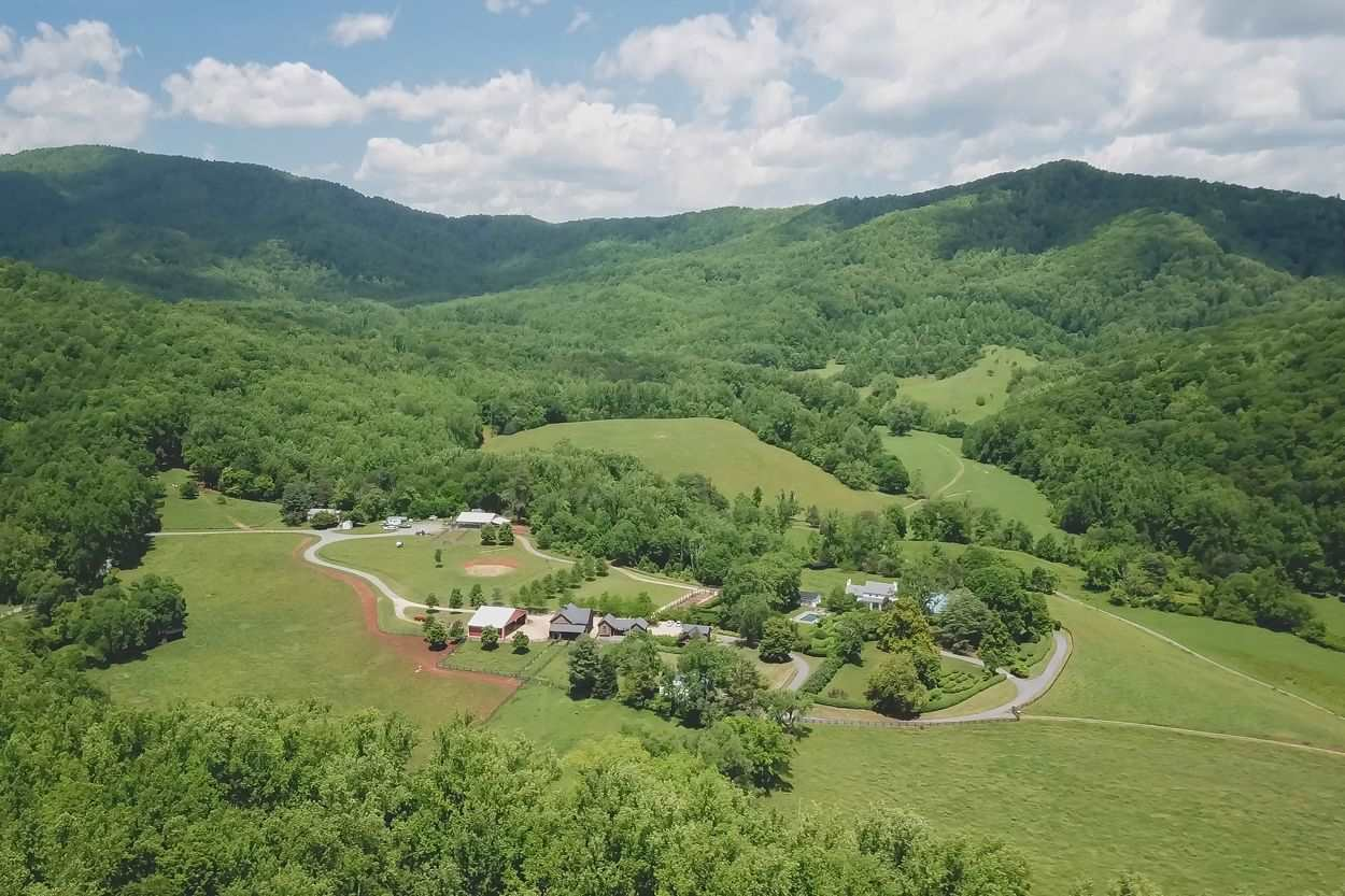 6142 Highland Orchard Ln, Covesville