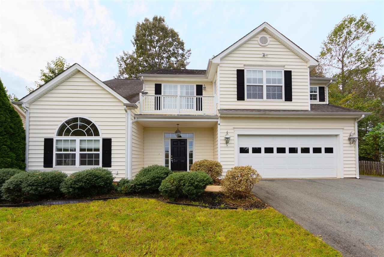479 Rolling Valley Ct, Charlottesville