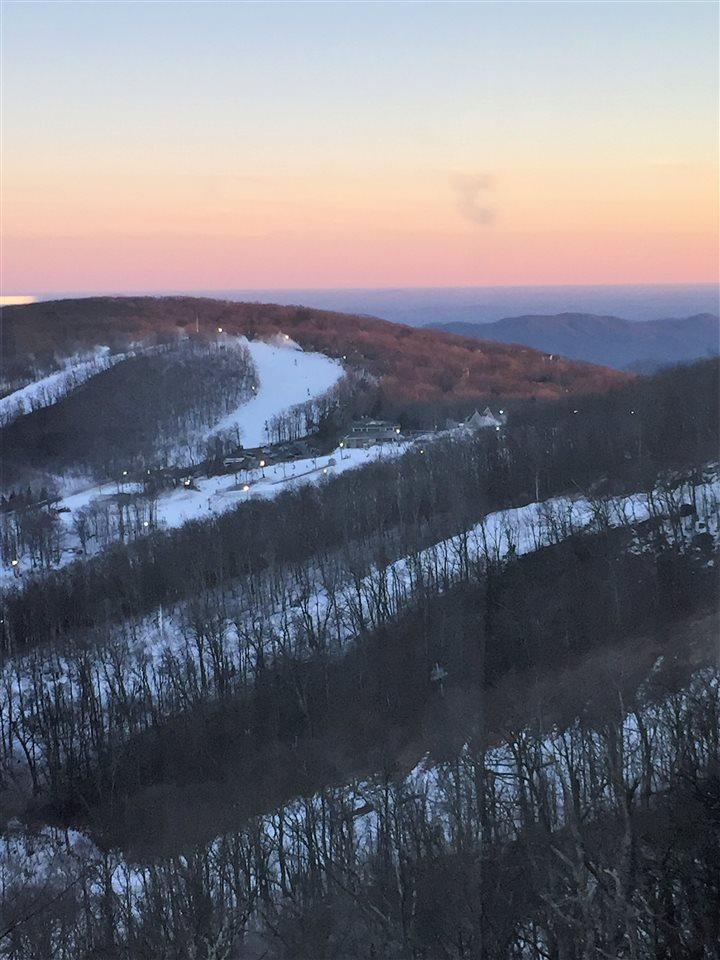 1562 Vistas Condos, Wintergreen Resort