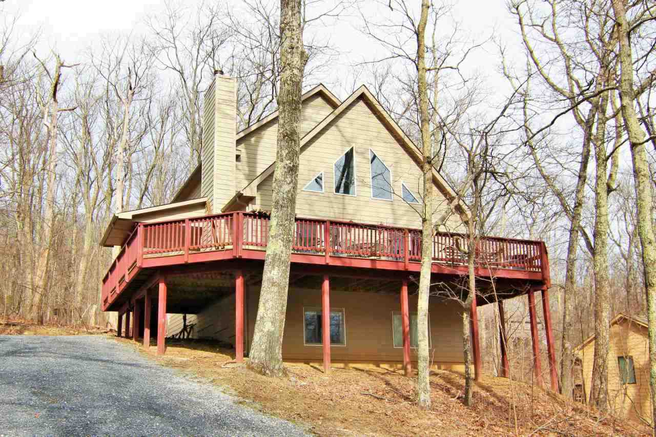 19 Chestnut Ln, Wintergreen