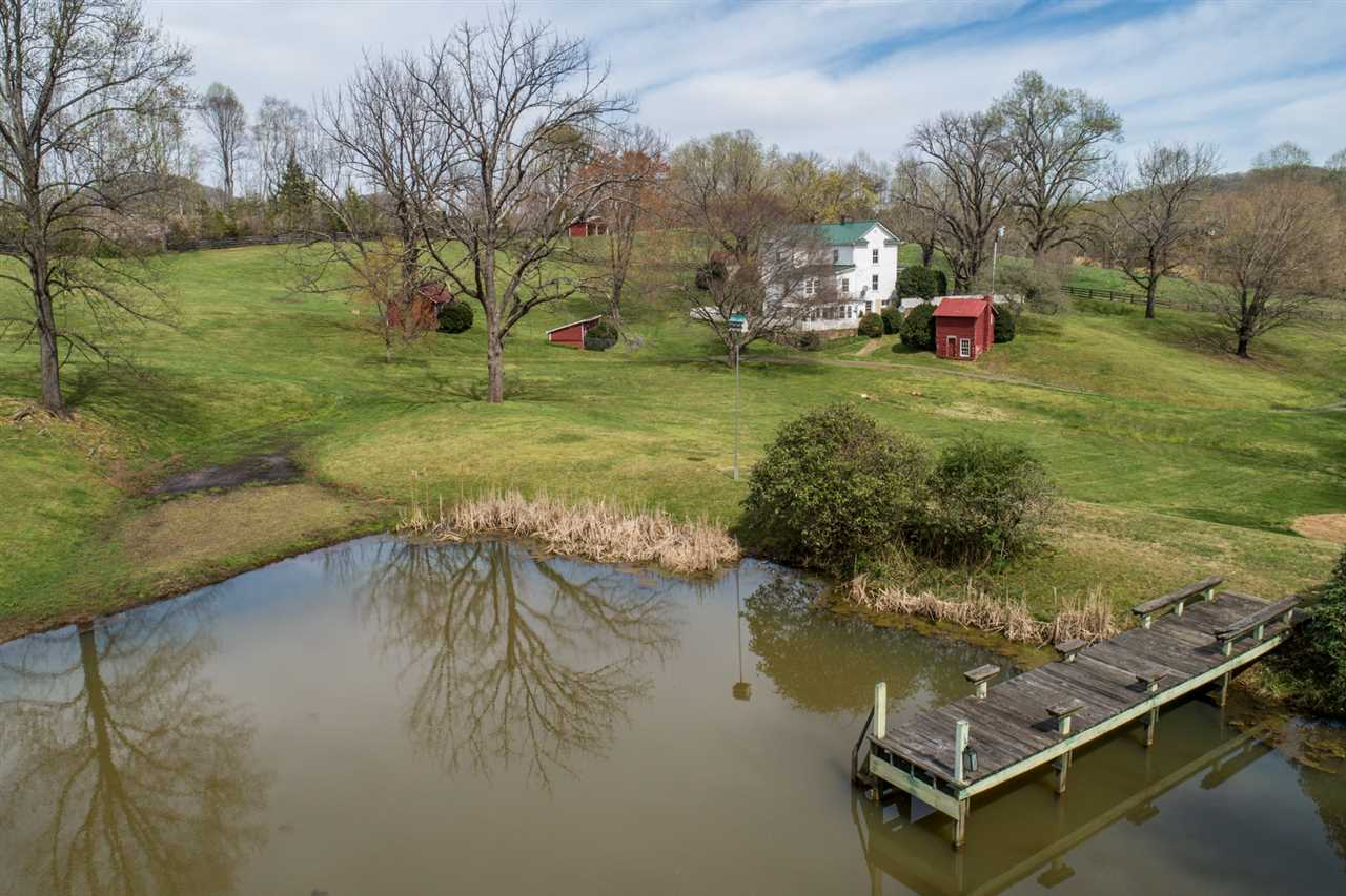 1593 Weaver Hollow Rd, Madison