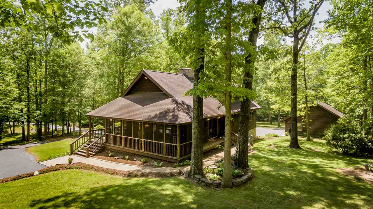 3170 Wooded Acres Ln, Charlottesville