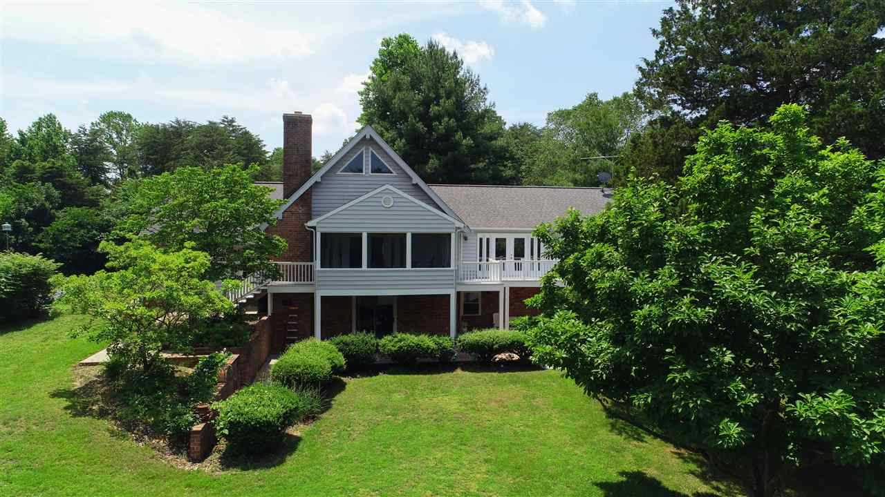 737 Plum Tree Rd, Bumpass