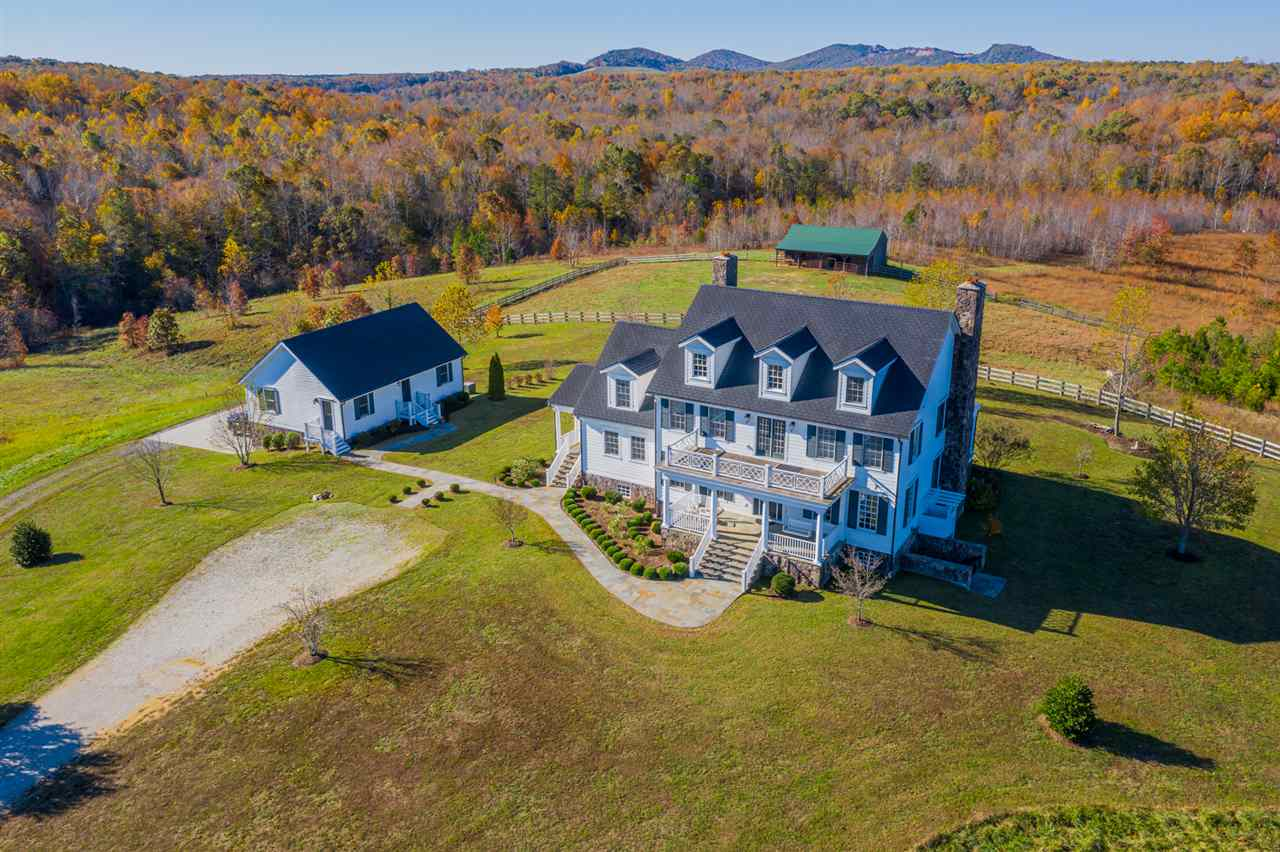 609 Scotts Bottom Rd, Dillwyn