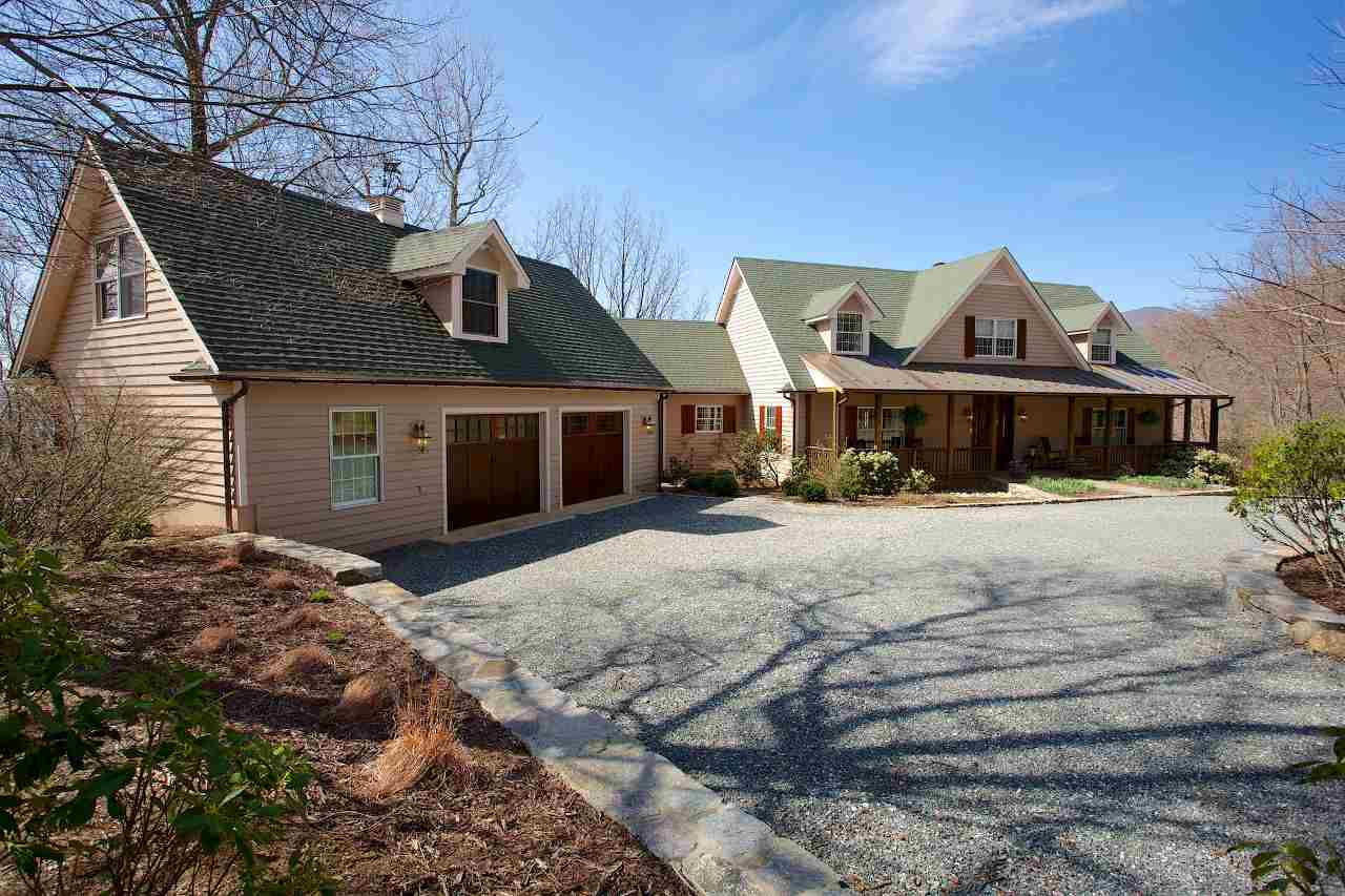 1059 Bryant Mountain Rd, Roseland