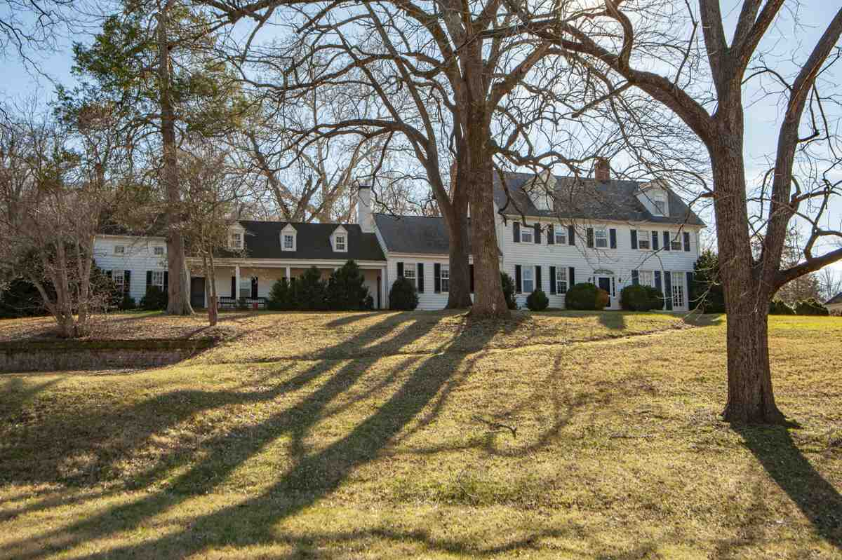 10473 Hilton Farm Rd, Somerset
