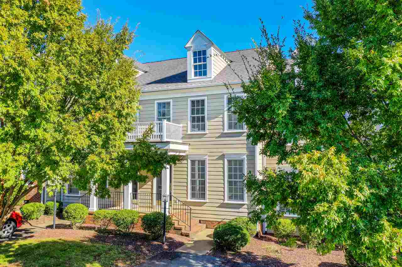 9039 West End Cir, Crozet