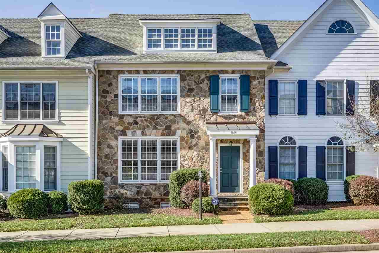 1614 Old Trail Dr, Crozet