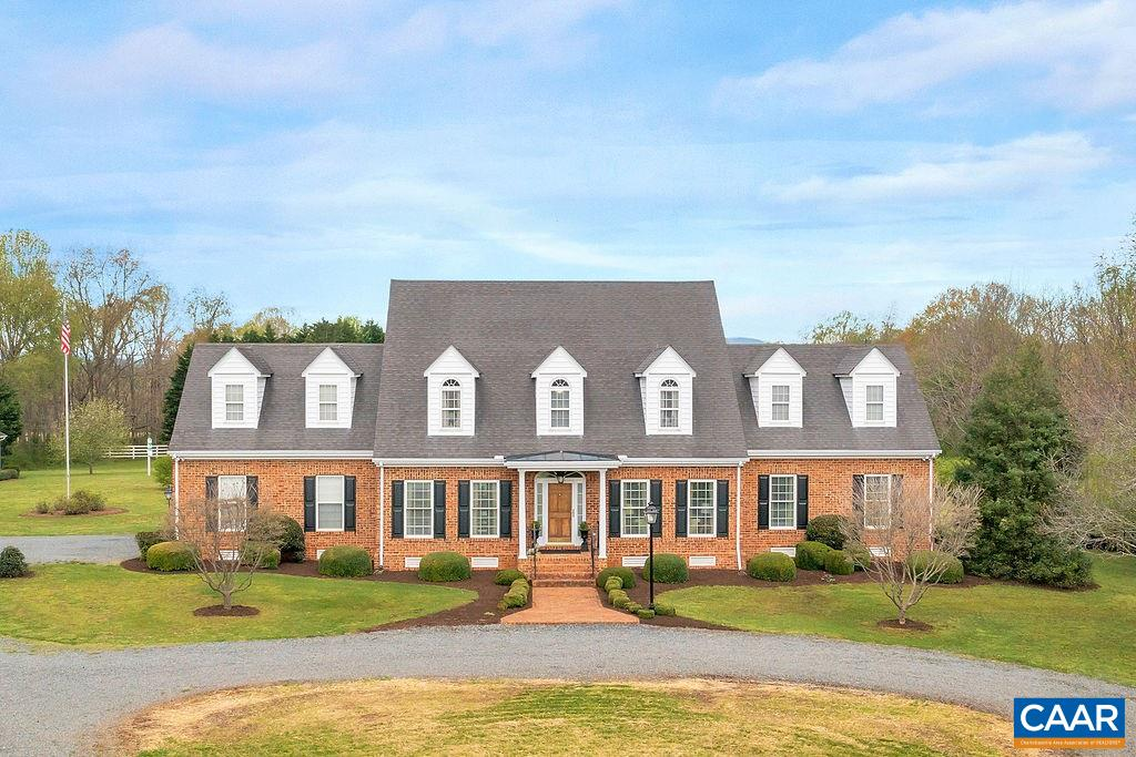 860 Irish Rd, Scottsville