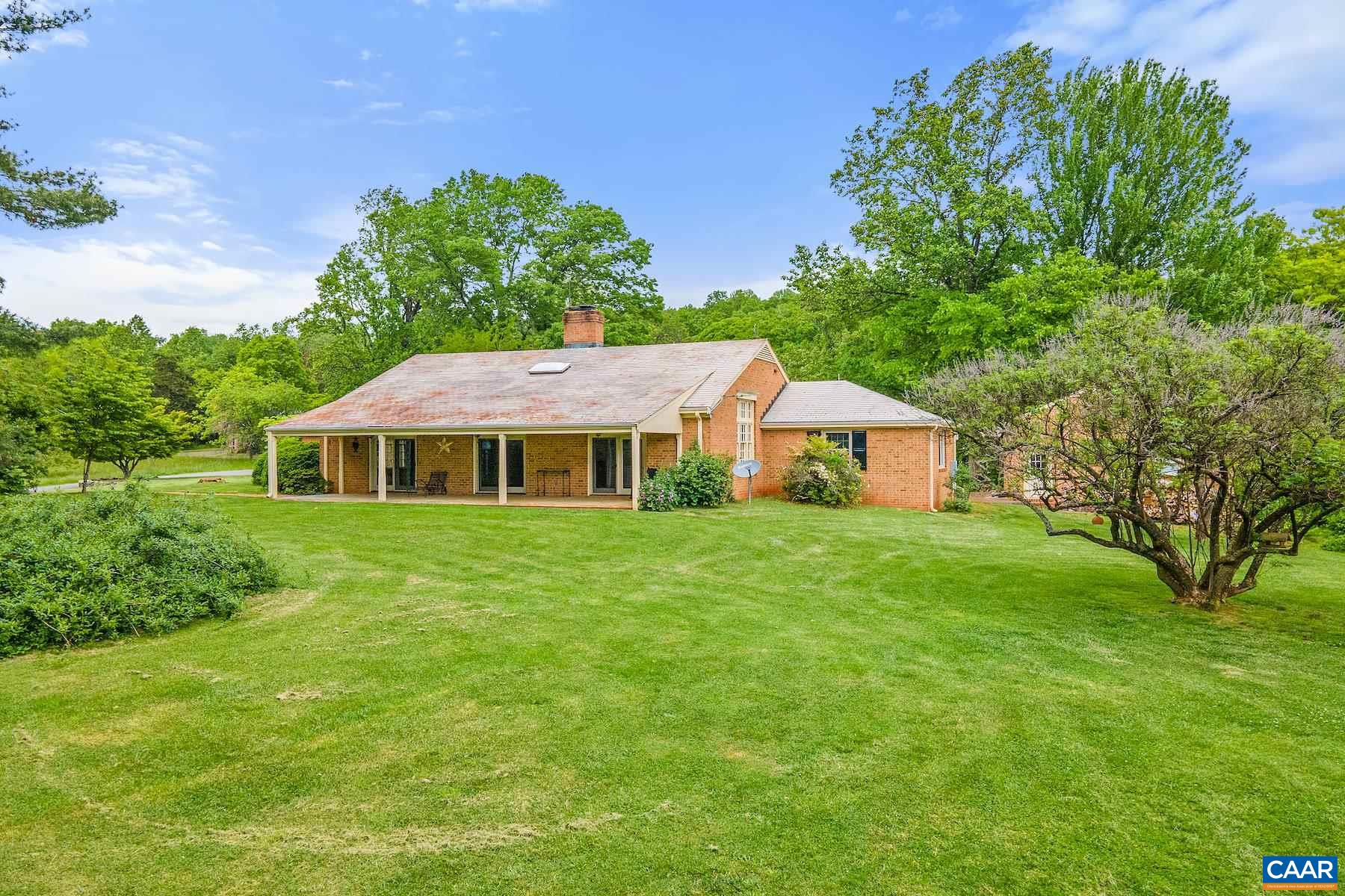 18167 Mars Hall Dr, Gordonsville